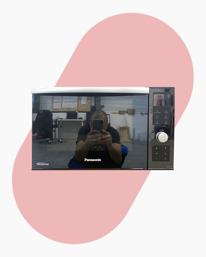 Four micro-ondes Pose libre Panasonic Nndf383b 1