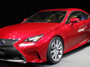 Test Driving Lexus Hybrid
