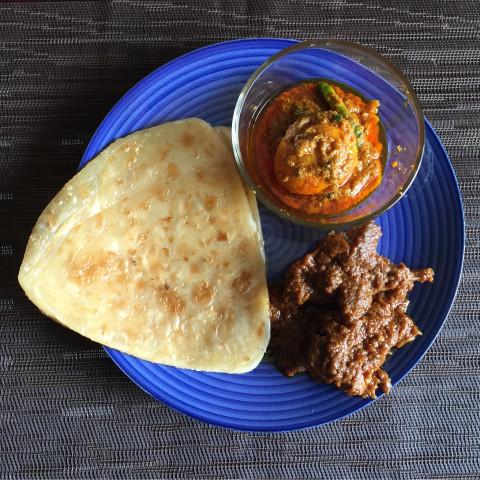 Bhojohori kosha mangsho, deem kosho