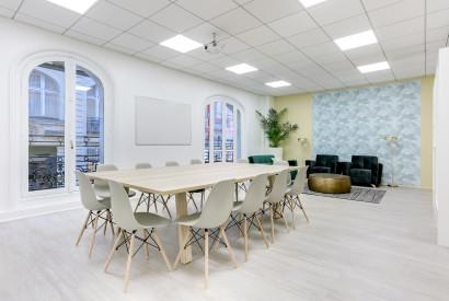 salle de réunion Paris - espace de travail cocoon bureau à l'heure - Cocoon Mogador - Victoire
