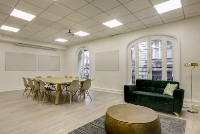 salle de réunion Paris - Bureau à l'heure - Cocoon Mogador - Victoire