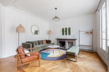 Salle de réunion Paris - ambiance cosy et comfort - Cocoon Laos - Guillaume