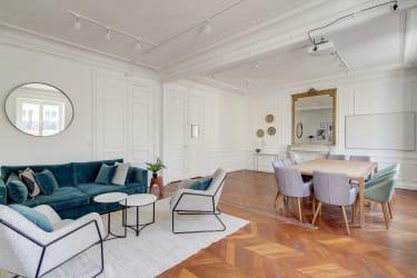 Salle de réunion Paris - Espace de réunion loué à l'heure  - Cocoon Louvre - Emile