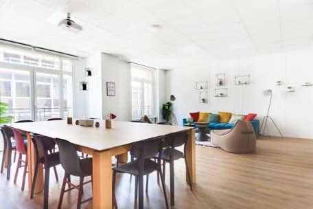 Bureau à l'heure 75008 Paris - Espace de travail cosy