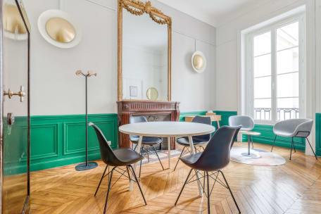 Salle de réunion 75009 Paris - Espace de travail 4 personnes