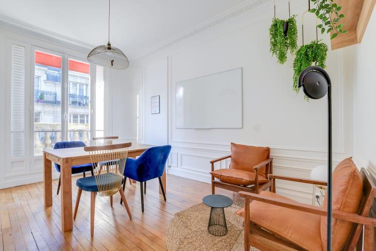 Salle de réunion Paris - réunion, bureau, espace, salle, coaching, à l'heure, cosy, design, Paris, Grenelle - Cocoon Laos - Laminat