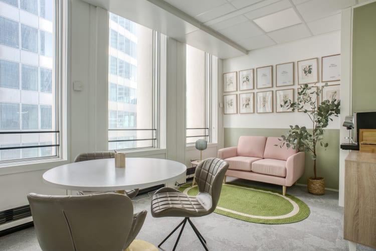 Salle de réunion Paris - Espace 3 personnes clients - Cocoon Défense - Olivia