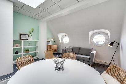 salle de réunion Paris - Bureau a louer a l'heure Paris - Cocoon Mogador - Hublots