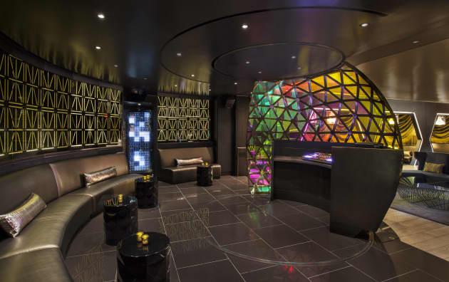 W New York LED Installation