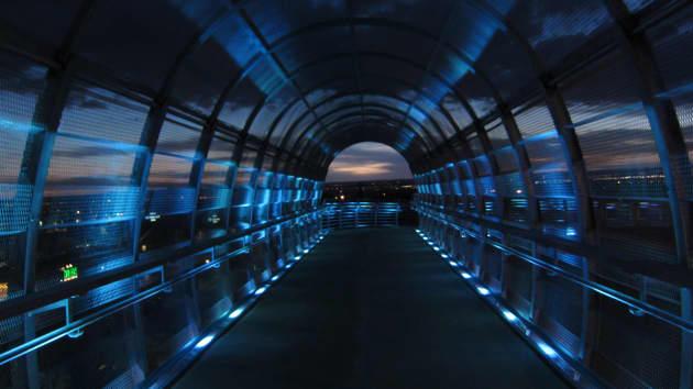Any-Angled Light, Bear Canyon Arroyo Bicycle/Pedestrian Bridge