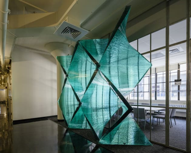 Tectonics of Transparency: The Wall
