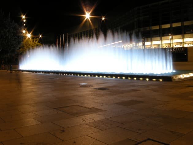 Wave Fountain