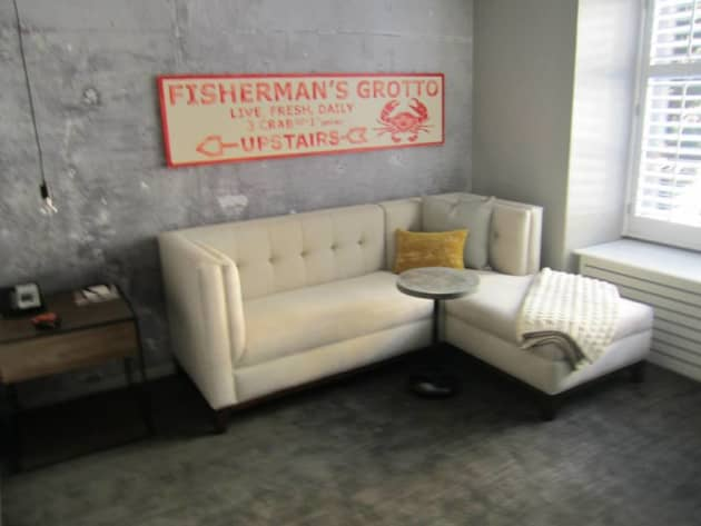 Custom Guestroom Art   Pier 2620 Hotel