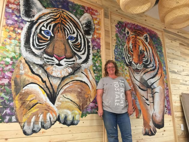 Tiger Tea House murals