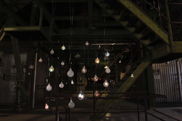 Incandescent Light Bulb Memorial Project