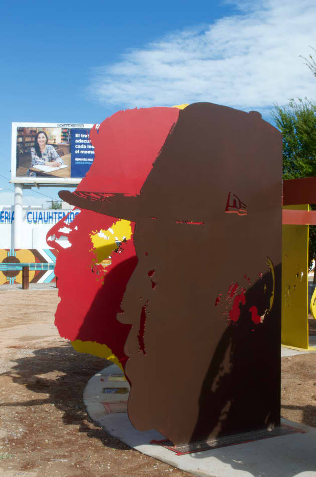 vecinos: south valley gateway sculpture