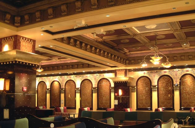 Grand Lux Cafe