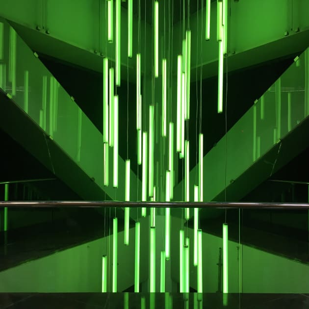 COLUMBIA CENTER | CUSTOM LED LIGHTING CHANDELIERS