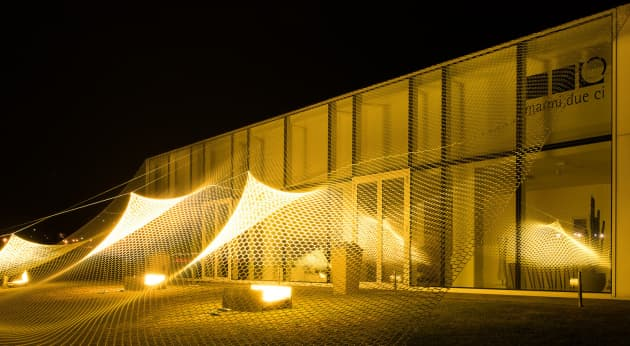 Suspension, installation at the showroom Marmi Due Ci, Italy