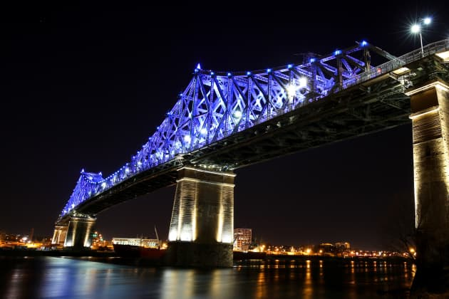 Jacques Cartier Bridge Interactive Illumination