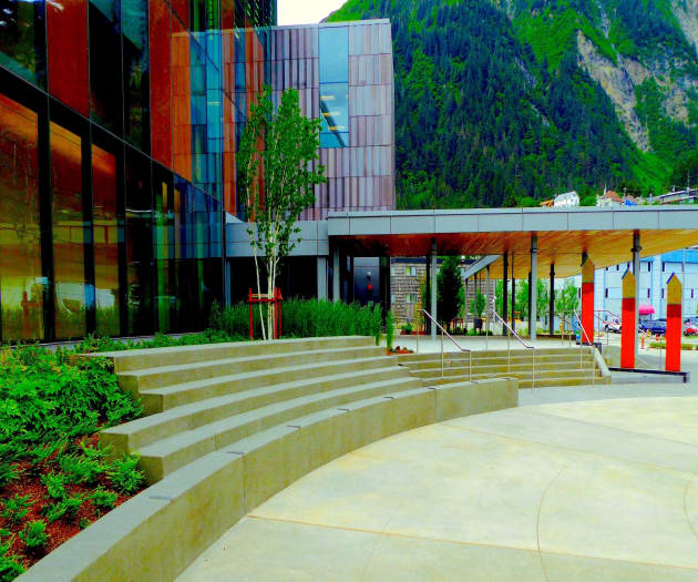 Pivot Plaza