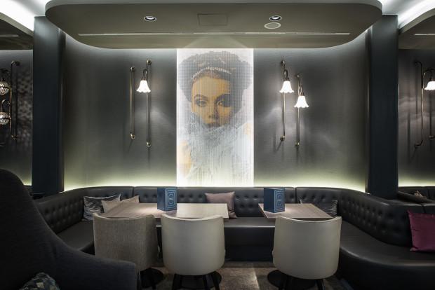 KriskaDECOR decorates the exclusive Hotel Renaissance (Marriott) placed in Wien.