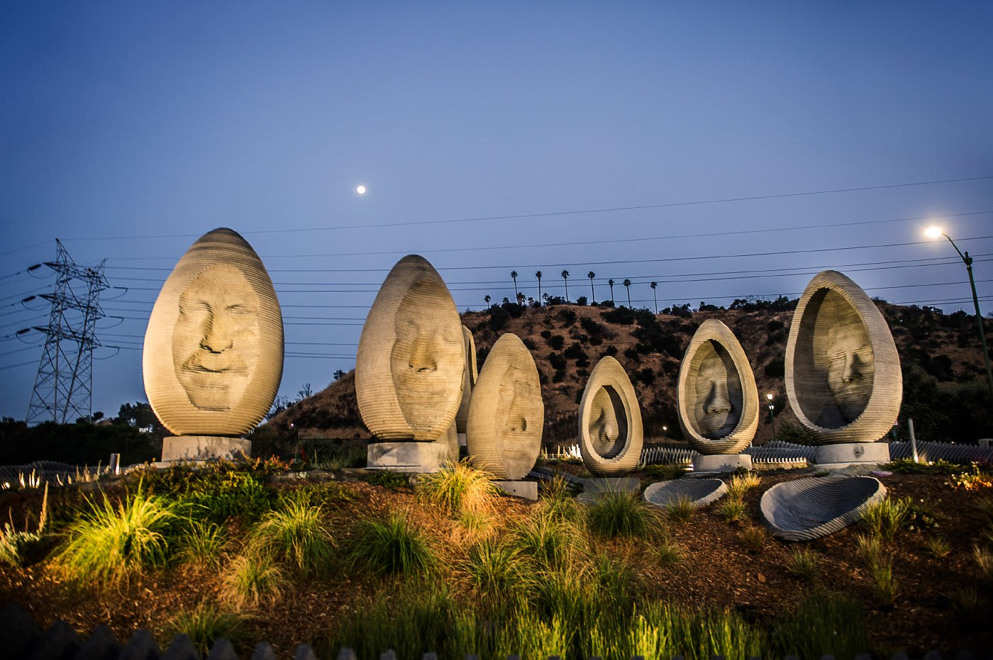 Riverside Roundabout: Faces of Elysian