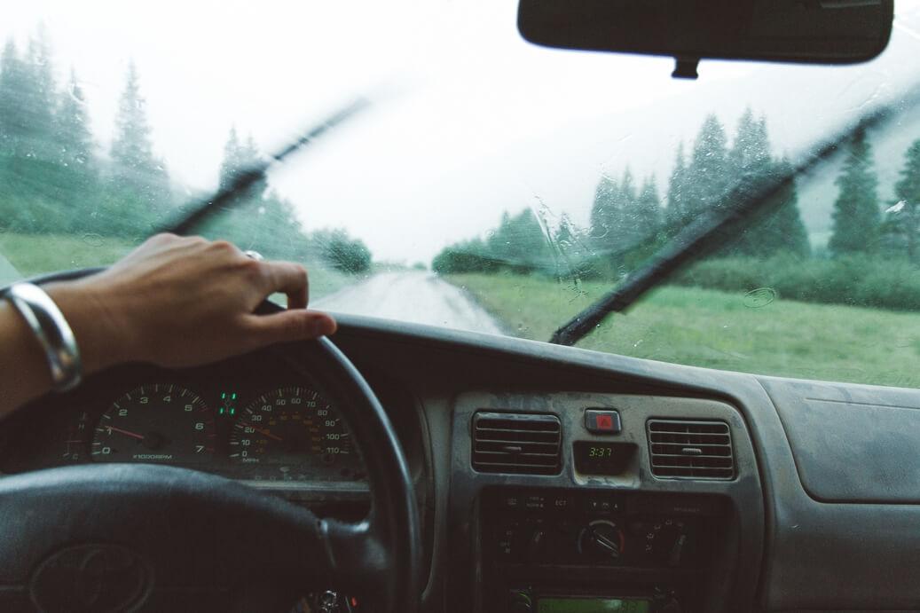 conduite-voiture-pluie