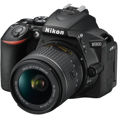 NIKON D5600 WITH 18-55MM