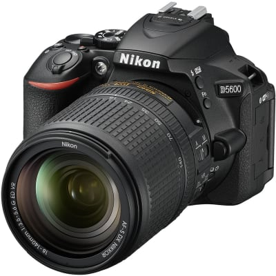 NIKON D5600 WITH 18-140MM