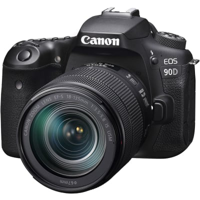 CANON 90D WITH 18-135MM LENS