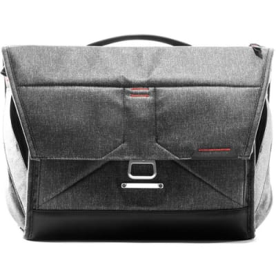 "PEAK DESIGN EVERYDAY MESSENGER 15"" VERSION 2 (CHARCOAL)"