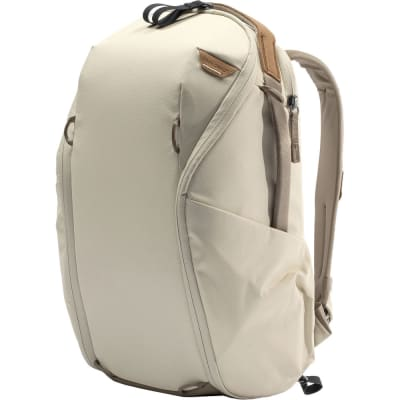 PEAK DESIGN EVERYDAY BACKPACK 15L ZIP V2 // BONE