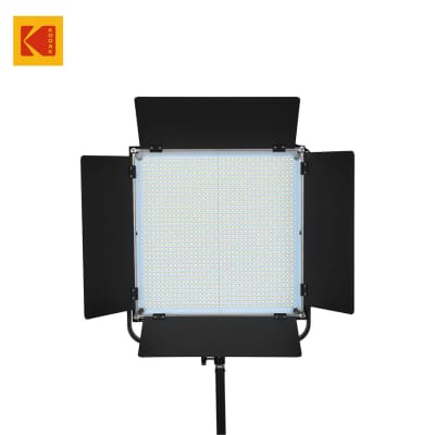 KODAK V1300M LED VIDEO LIGHT PANEL WITH BARN DOOR AND REMOTE