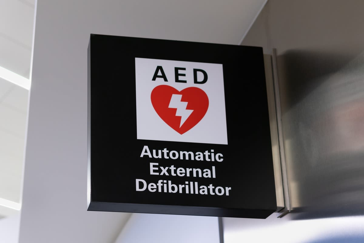Picture of a sign for a public-access automatic external defibrillator