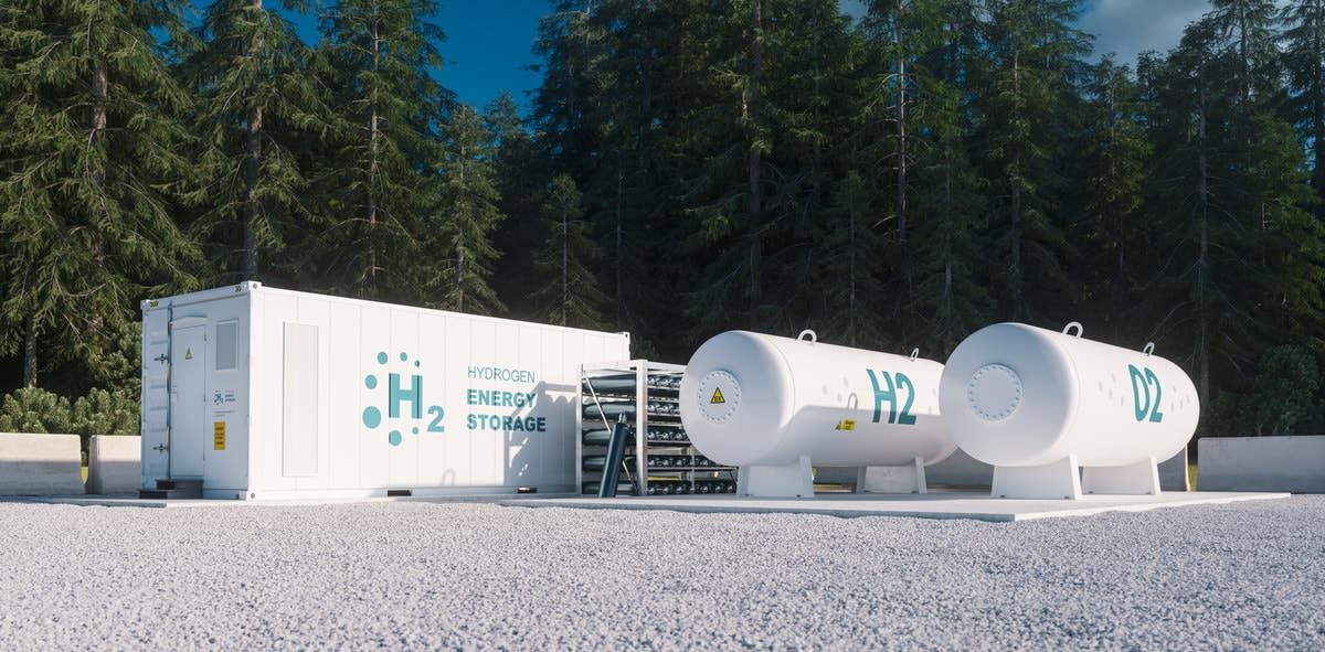 Tanks in a gravel area for hydrogen and oxygen storage