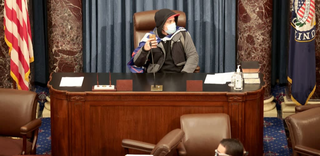 Live: Pro-Trump Terrorists Storm the US Capitol | Newsroom