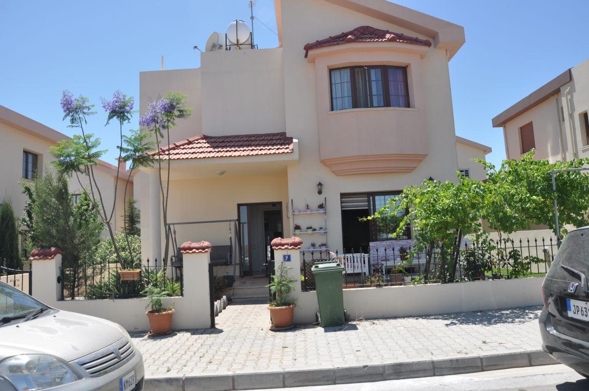 kıbrıs satılık emlak 3818