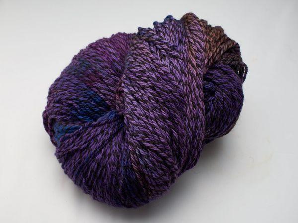 Large Hullabaloo 560g skein - Lilac
