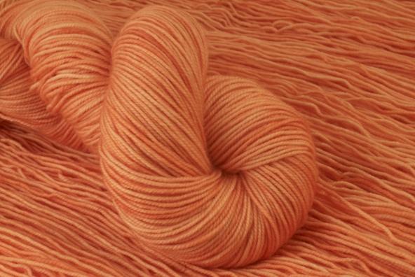 Jitterbug 400 - Dali Shade - apricot smoothie