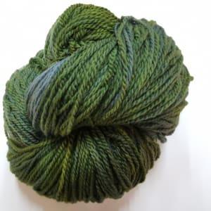 Large Skein – Skye  aran wool 500g skein – Velvet Leaf