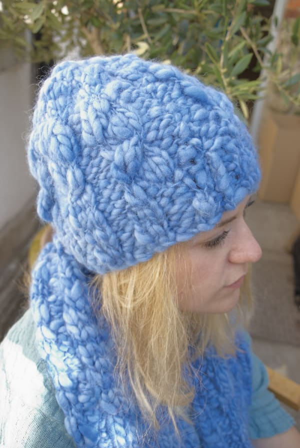 4 stitch Cable Hat