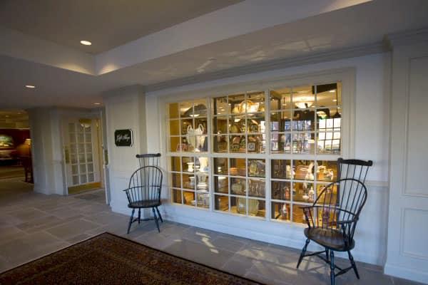 Williamsburg Lodge Gift Shop