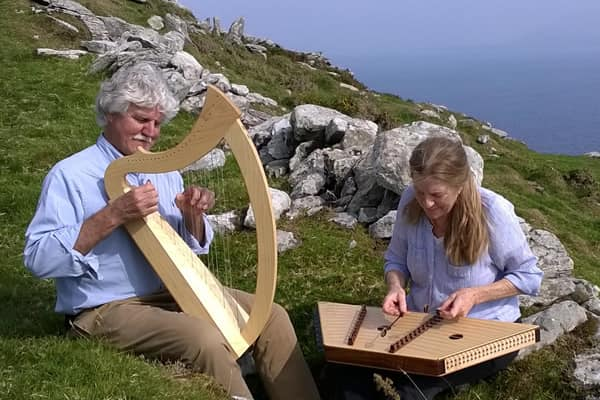 Magical Strings: Harps and Dulcimers Migrate from Europe to America