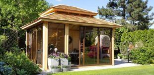 Norwegian Pavilions - Gazebo fermé avec baies vitrées garantissant un usage en toutes saisons de votre gazebo de jardin.