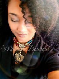 """Necklace """"Frénésie"""" - collier artisanal de la """"Collection Intense"""" de Mabulle Boutique le rond en Ebene est taillé par un artisan local .  Une pièce Originale qui marquera les esprits"""
