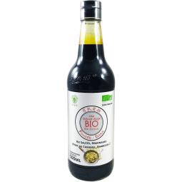 Organic Soy Sauce - Dark - Inventée il y a environ 3000 ans, la sauce soja est une sauce fermentée à base de soja et de céréales, très utilisée en Asie et surtout en Chine pour assaisonner et saler les plats. La sauce soja foncée, en référence à sa couleur, est plus épaisse, plus goûteuse et moins salée que la sauce soja claire. Celle-ci est utilisée dans la cuisine asiatique pour colorer les plats et donner davantage de saveur. Celle-ci est très employée pour les marinades par exemple.