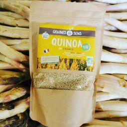 Organic and French white quinoa - cooked in 6 min - Nous cultivons une variété de quinoa unique au Monde ! Son temps de cuisson est de 6 minutes seulement (sans précuisson) contre 12 à 17 minutes pour les autres références du marché. Après cuisson, la taille et la couleur des grains sont similaires à du quinoa d'import. La texture et le goût sont inégalables...Produit 100% français, issu d'une agriculture raisonnée et responsable, garantie sans résidus de pesticides et tracé du champ à l'assiette. A découvrir d'urgence !