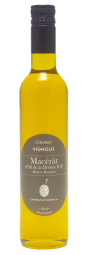 """Macérât d'Ail Blanc IGP Drôme - The « Macérât d'Ail Blanc IGP Drôme » : a natural product, without additives and preservatives ! White Garlic IGP from Drôme, producted by the Maison Boutarin, is macerating in the local extra virgin olive oil (variety Tanche from Nyons and Baronnies country) for about 15 days at room T° and is removing after revealing its entire aromatic palette. Organoleptic characteristics : an olive oil with a strong fruitiness, a fresh character and a slightly sweet taste. The smoothness, sweetness and aromatic persistence of the preparation, scent the dishes revealing their flavors : fillet or cooking in mashed potatoes & gratins, hot dishes (pasta, cooked vegetables, fish and meat). Innovation is expressed in the association of two labeled and quality products which highlight a territory, Drôme Provençale, with the """"IGP Ail Blanc"""" and the local Olive, from Nyons and Baronnies, and its extra virgin oil of Tanche variety. The manufacturing process is unique: the maceration diffuses the aromas, slowly and at the rate of the aromatic emanation of the product, for several days. Like an infusion at room T° of garlic in olive oil ... with the aim of achieving a balance of flavors, in the final macerate. The result is the quality and naturalness of the product. Beyond the powerful aromatic flavors that emanate from it, it is the creation of a 100% natural and 100% without natural or synthetic flavors product."""