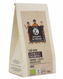 Organic Assam Black Tea - Découvrez notre thé d'Assam d'exception du jardin de Banaspaty, puissant et corsé, il est idéal pour un réveil tonique. Ce thé premium est un FTGFOP1 ou Finest Tippy Golden Flowery Orange Pekoe. TGFOP signifie des jeunes pousses, tendres, fines, roulées avec une certaine proportion de « tips » (fines pointes des bourgeons dorés), signe de qualité. F signifie de qualité supérieure. Le 1 est une mention de première qualité ajoutée par les experts. La récolte d'été se déroule de juin à juillet.